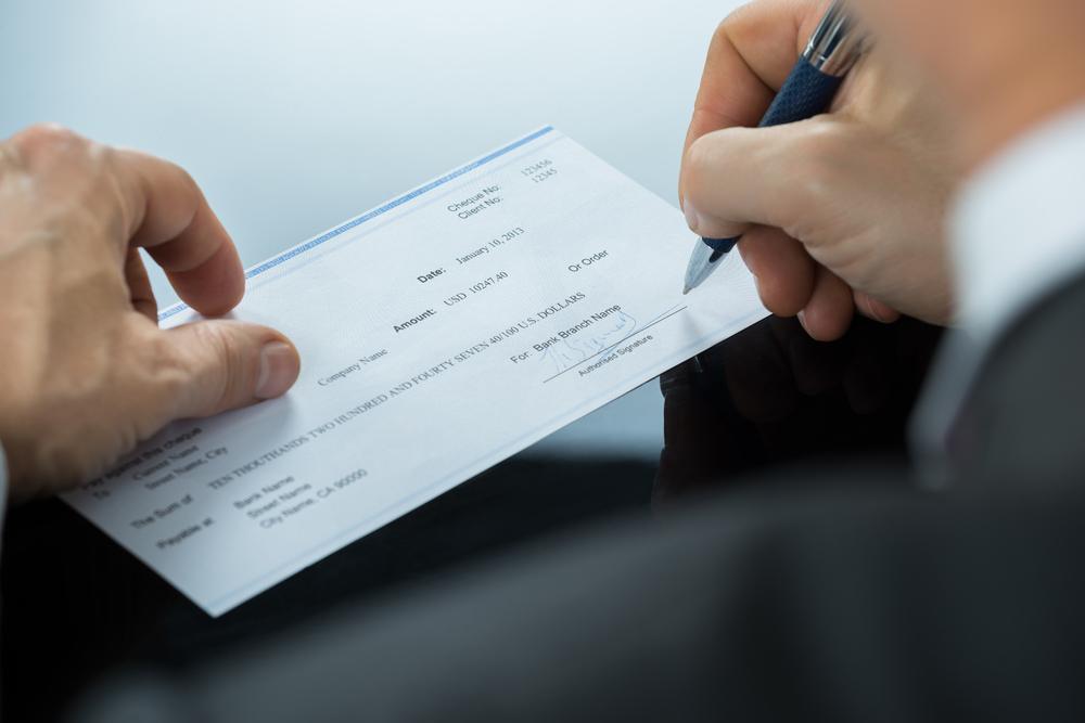 Supremo aclara que emitir cheque sin fondos por más de $500 a sabiendas constituye delito de modalidad grave