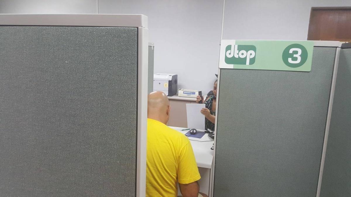 DTOP está operando en Minillas: Renovación de licencias, marbetes, traspasos y demás