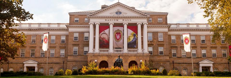 Nueva política en Universidad de Wisconsin para expulsar estudiantes que interrumpan a conferenciantes