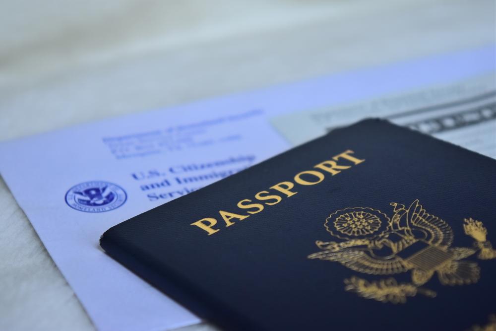 Oficina de Pasaportes del Departamento de Estado permanece cerrada