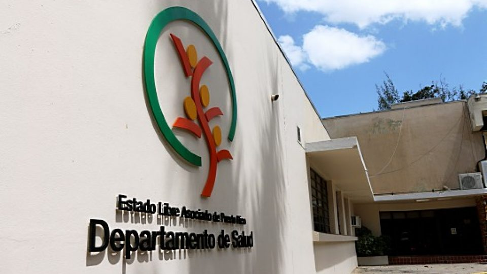 Salud exhorta a personas desempleadas tras el paso del huracán María, a solicitar beneficios disponibles
