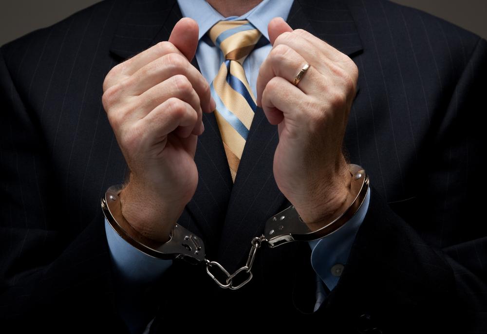 Abogado admite haber intentado vender demandas de casos que trabajó como fiscal