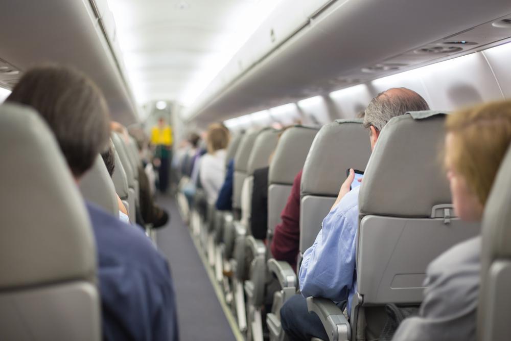 Senado investigará a líneas aéreas tras paso huracán María