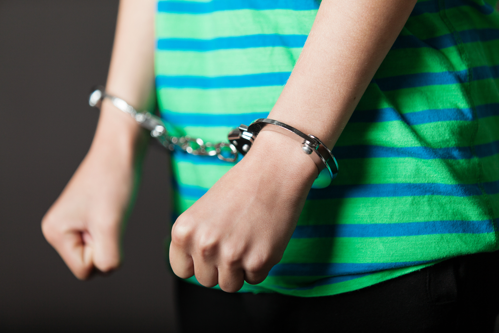Gobernador imparte veto expreso a medidas que persiguen enmendar la Ley de Menores