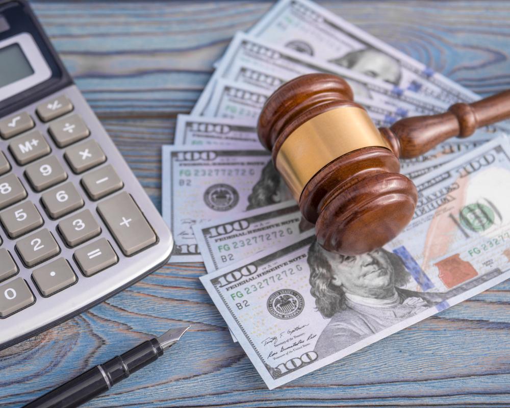 Mediante sentencia: Enmienda a contestación a demanda para añadir un demandado debe pagar aranceles