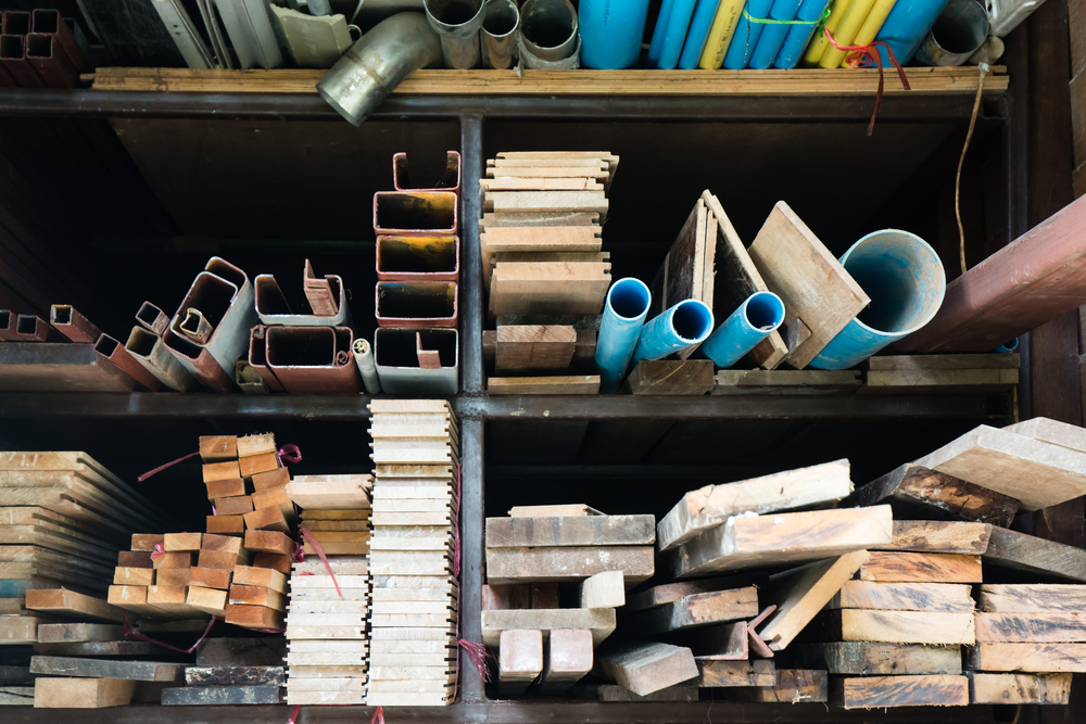 DACO emite orden controlando precios de materiales de construcción