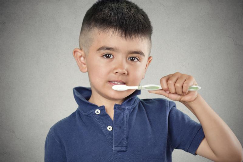 Salud recuerda que entró en vigor la ley que requiere certificado de examen oral a estudiantes