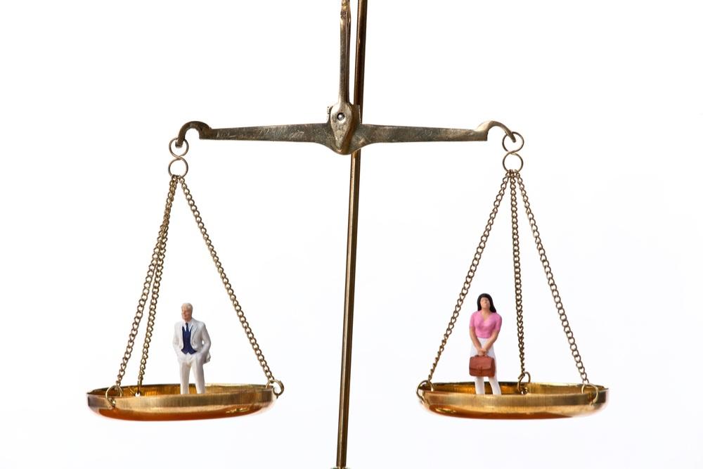 Abogada hace llamado a que se adopte regla de igualdad de género en la abogacía para el Día de la Mujer Trabajadora