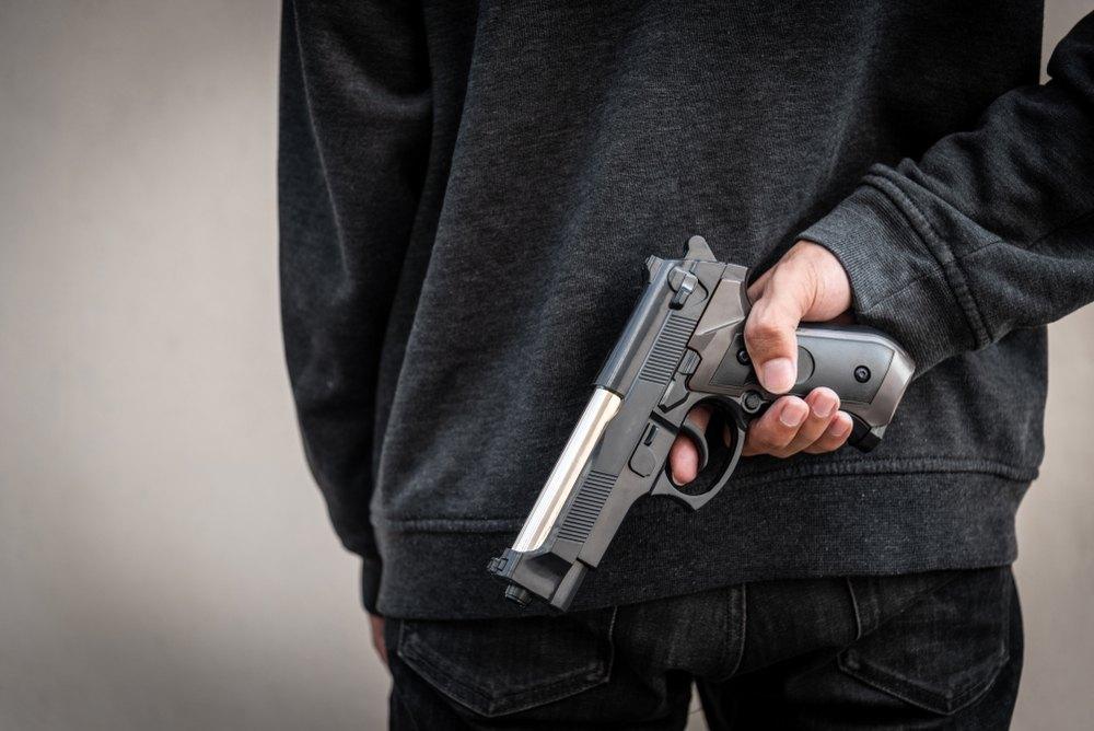 Supremo aplica presunción de portación ilegal de arma de fuego para encontrar causa probable para juicio