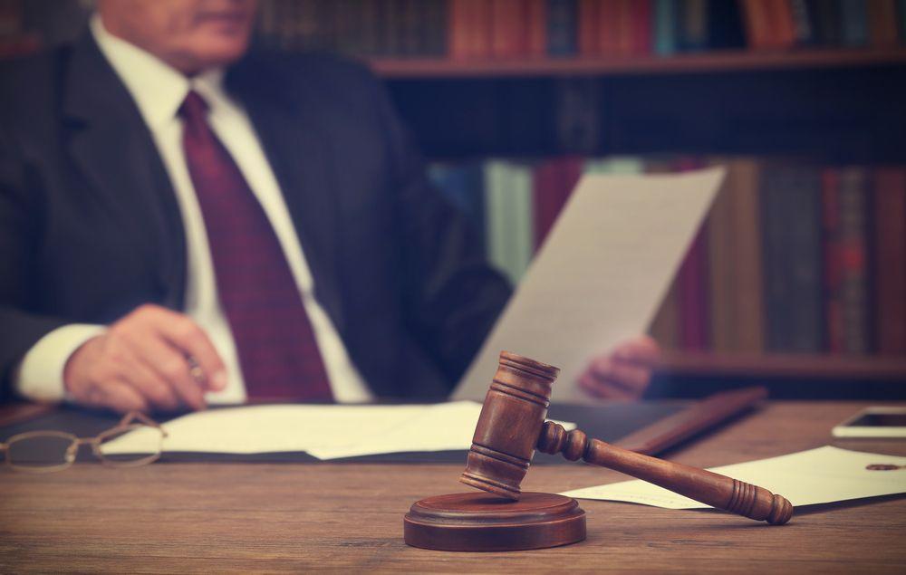 Acreedor puede ejecutar acreencia de bienes del caudal hereditario del deudor que garantizó una obligación individualmente aunque algunos de los bienes hayan sido gananciales