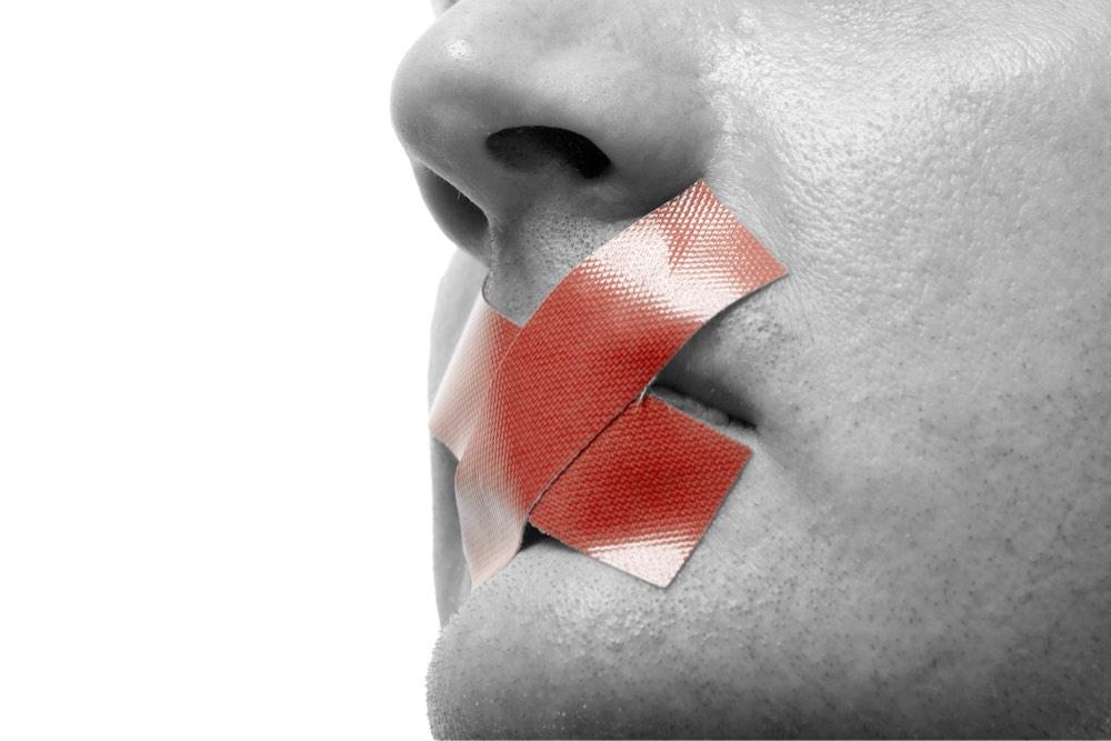 Tribunal Supremo examina caso sobre prohibición de registro de marcas con nombres ofensivos