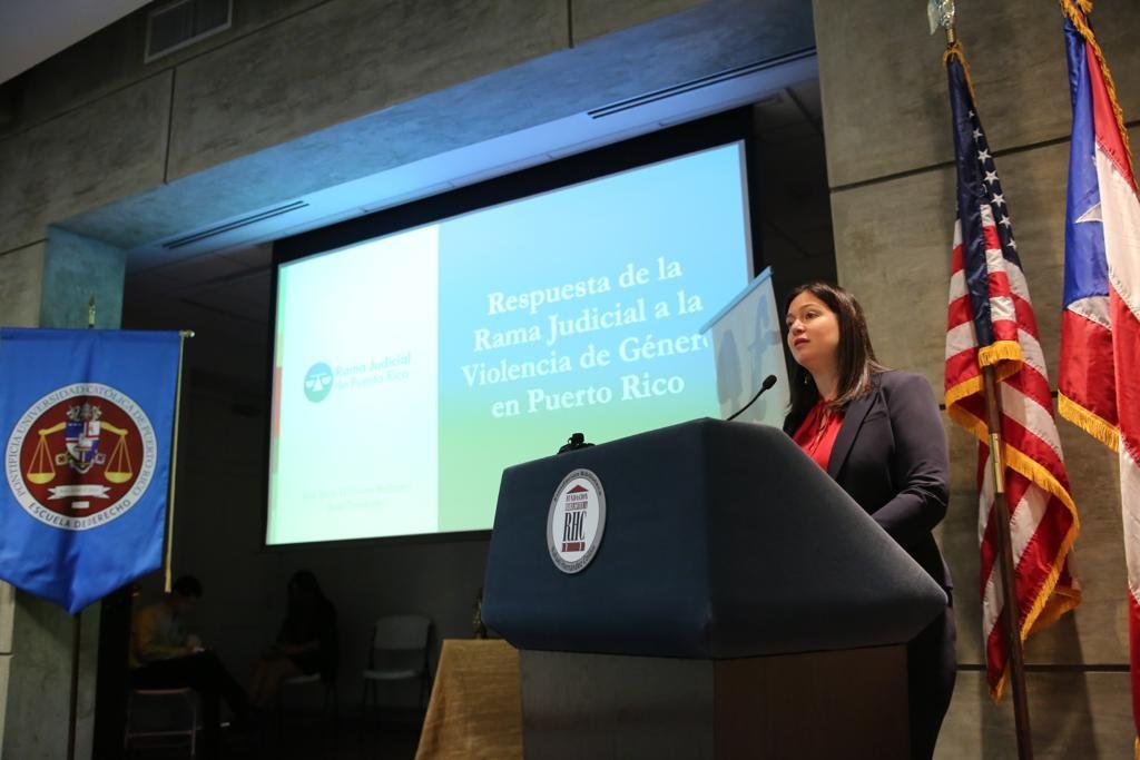 """Hon. Maite Oronoz Rodríguez ofrece conferencia magistral: """"Respuesta de la Rama Judicial a la violencia de género en Puerto Rico"""""""