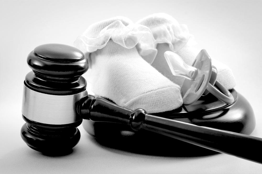 Aprueban enmienda de ley para contemplar la enajenación parental en la determinación de custodia