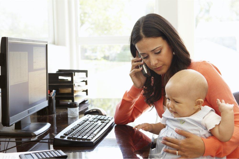 teletrabajo trabajo remoto madre hija