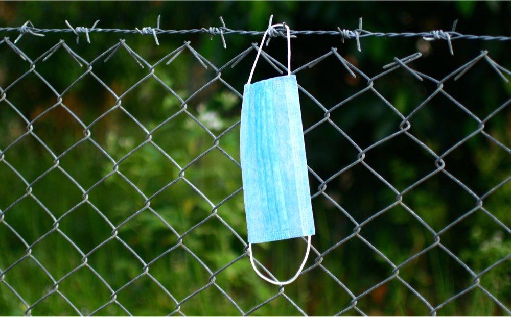 covid-19 máscara cárcel confinados