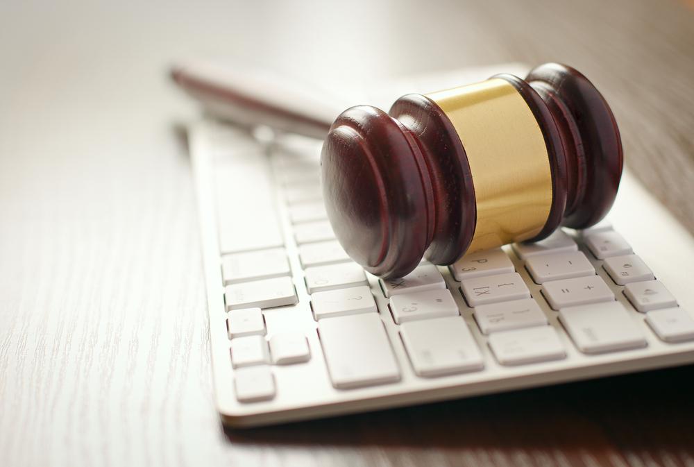 litigación en línea